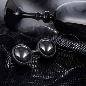LELO-Luna-Beads-noir-ben-wa-balls