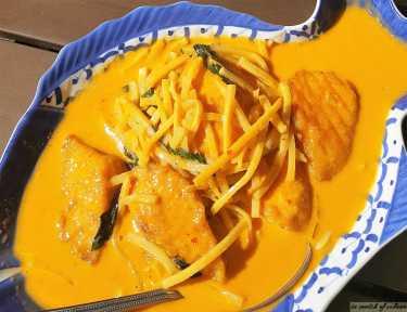 siam-elephant-thai-restaurant-carpinteria-red-thai-curry-with-salmon
