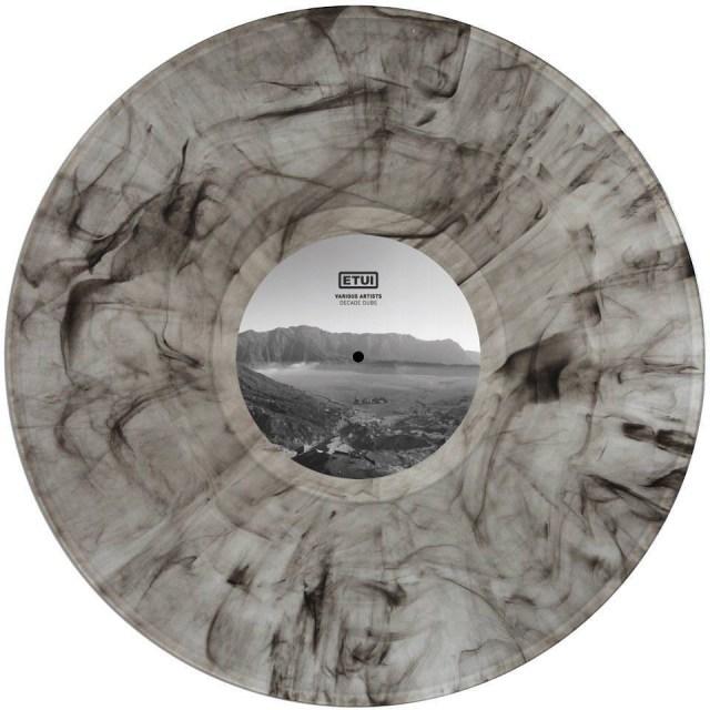 ETUILTD010 VA - Decade Dubs
