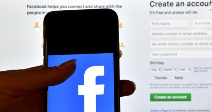 Sono trapelati i dati di mezzo miliardo di utenti di Facebook
