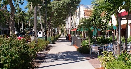 Lunch 5th Avenue Naples Fl