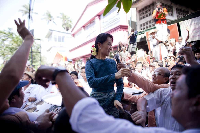 Burma Or Myanmar Aung San Suu Kyi States Her Preference
