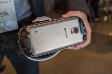 Samsung Gear VR Innovator Edition out in Dubai Now!