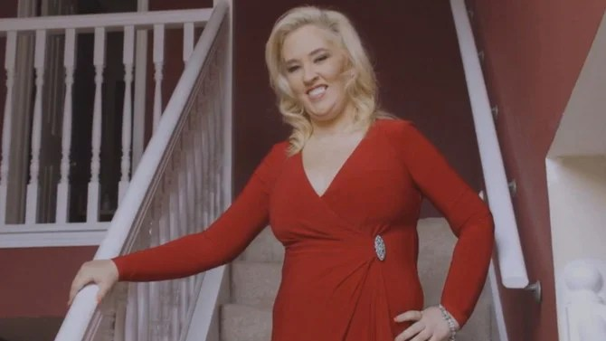 Mama June Dons Baywatch Style Swimsuit After Dropping