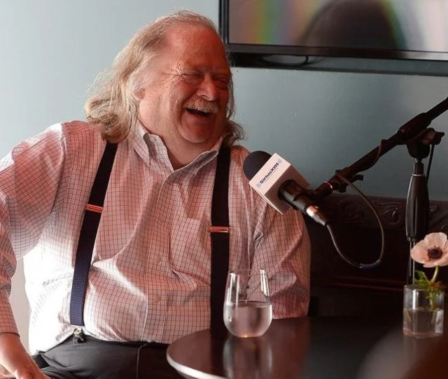 Jonathan Gold Beloved Los Angeles Times Food Critic Dies At  Inside Edition
