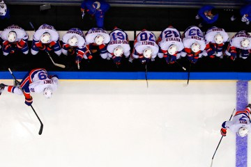 White team goes for a line change (Brandon Titus/Inside Hockey)