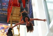 Magic Babe Ning Escapes While Suspended Three Stories in the Air