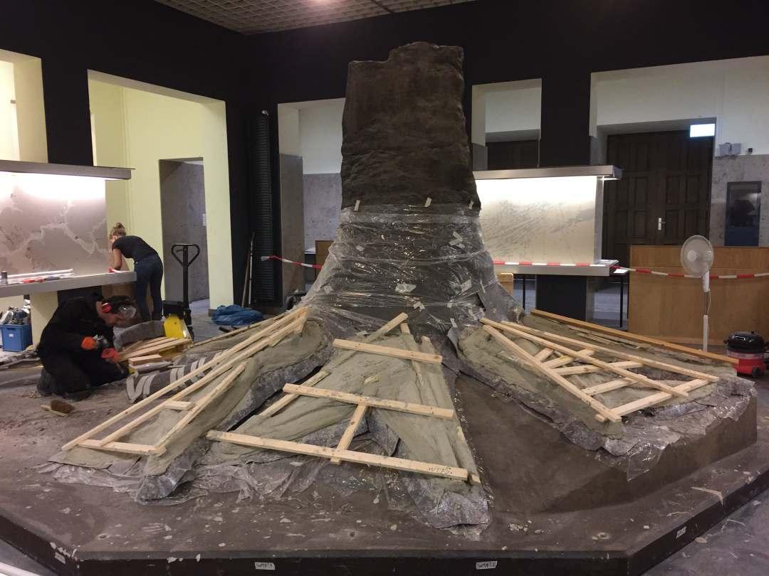 Fossielen & Dinosauriërs | Demontage Fossiele Boom I | Duitsland