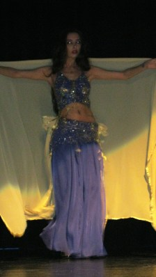 Turkish belly dance - Shake those hips and dance!