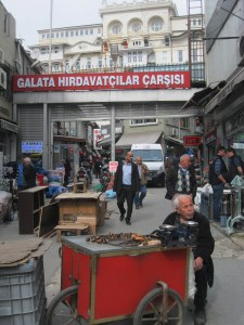 Need a washer changed? You'll find all your hardware needs in Karakoy.
