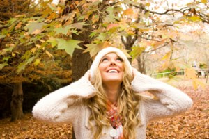 woman-fall-leaves[fusion_builder_container hundred_percent=