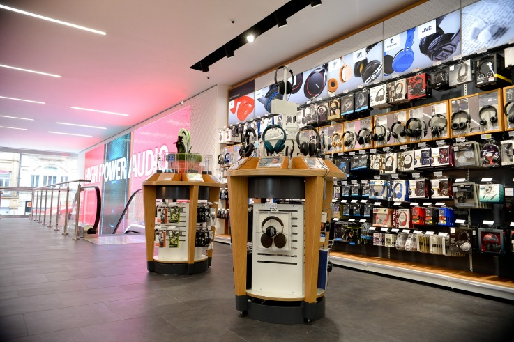 Currys PC World retail store design