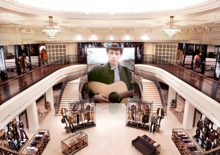 flagship-stores-london-fashion-burberry
