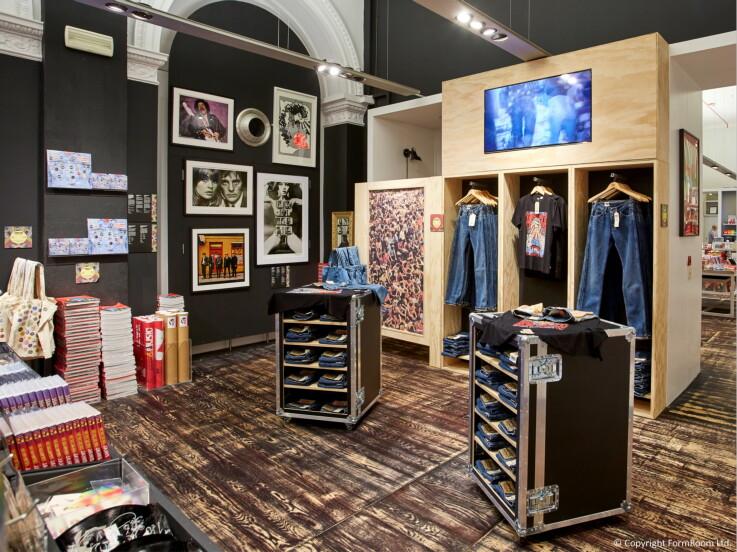 Levi's x V&A - Store Design