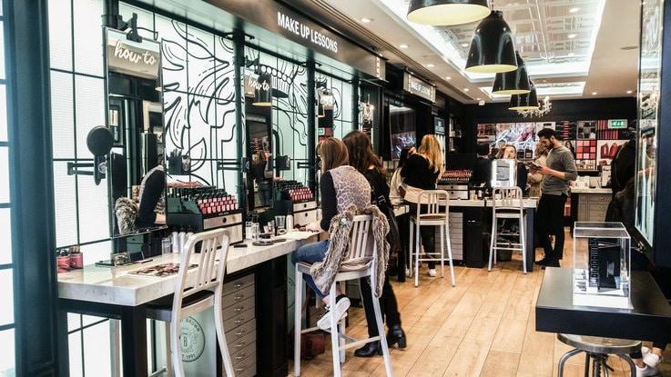 Bobbi Brown beauty retail strategy