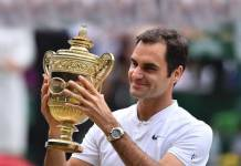 Roger Federer wins BBC Overseas Personlaity of the year for the 4th time - InsideSport