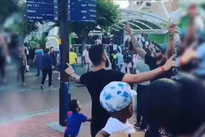 Virat Kohli dancing in Cape Town - InsideSport