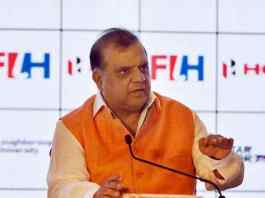 FIH Panel clears its President Dr. Narinder Dhruv Batra with an undisclosed dine to be paid to charity - InsideSport