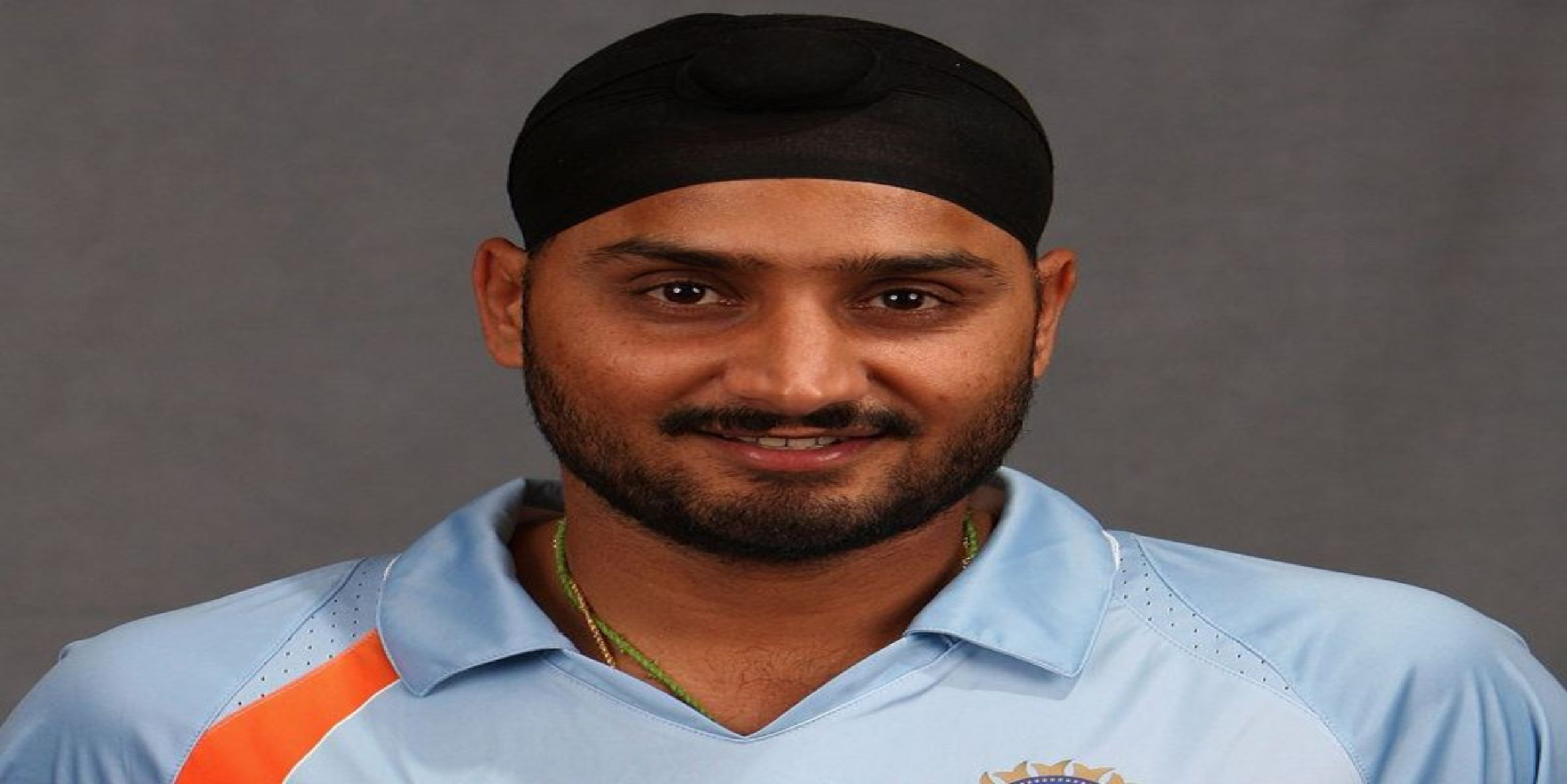 Photo of Veteran India off-spinner Harbhajan Singh Shares a Simple '20-Second' Exercise Video