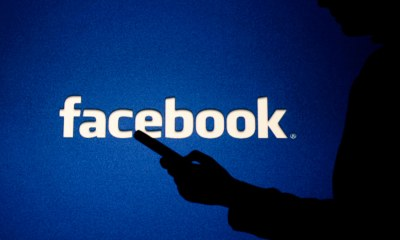 Facebook curbs political ads - for 7 days before US election