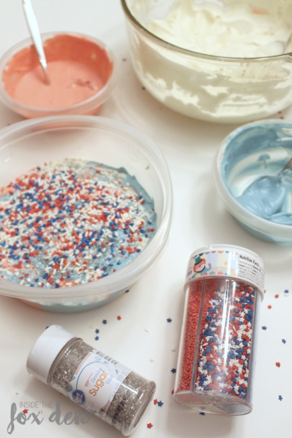 This no churn ice cream recipe has swirling stars & stripes! It's perfect to add to your 4th of July activities! Come see how easy it is to make!
