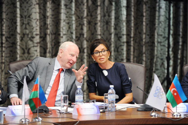 Patrick Hickey with Baku 2015 chair