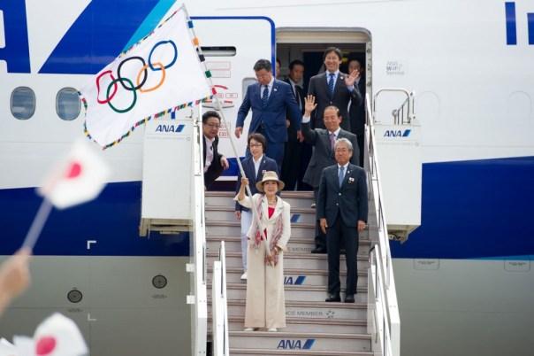 """Vaizdo rezultatas pagal užklausą """"Tokyo 2020 olympic flag"""""""