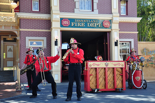 Hook and Ladder band