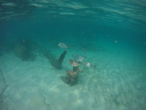 Sunken Mickey statue - Castaway Cay