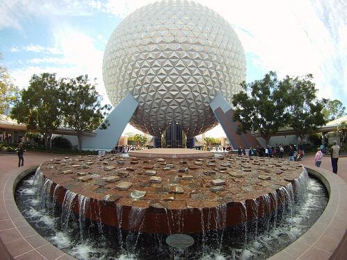 Spaceship Earth and fountain
