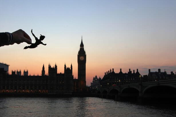 Disney-Characters-Around-th-UK-London