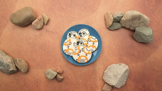 Disney-Family_BB-8-Cookie_1100