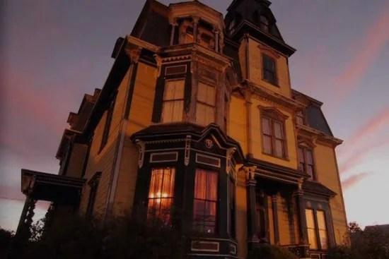 SK Pierce Haunted Victorian Mansion 003