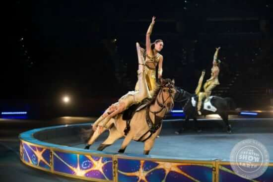 Home-Slideshow_Horses2