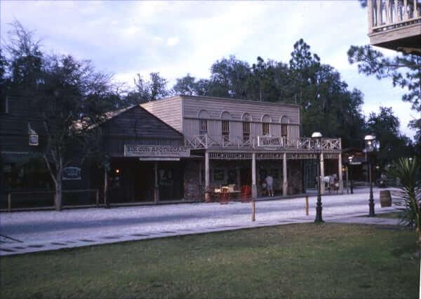Lost Theme Parks Six Gun Territory Ocala Fl Inside