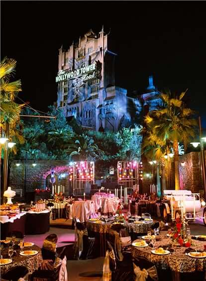 563_Twilight-Zone-Tower-of-Terror-Courtyard-Setup-hotel-Signature-Shot
