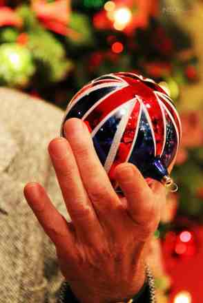 Union Jack Bauble