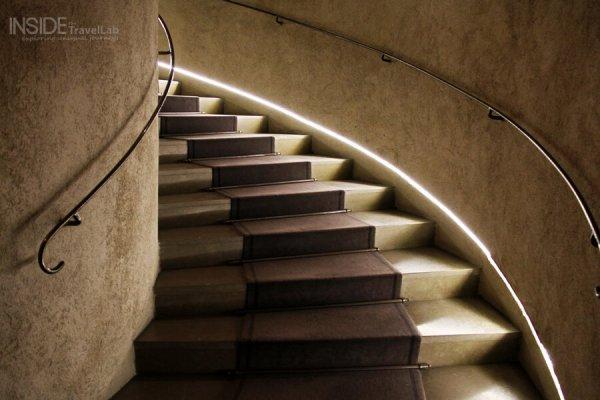 Cour des Loges Staircase