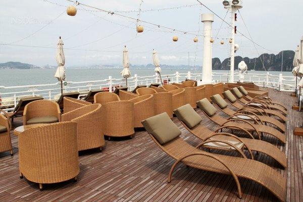 Sun terrace Au Co Luxury Cruise