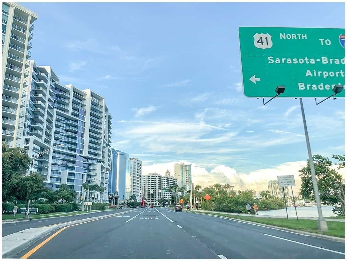 Driving through Floridays Gulf Coast