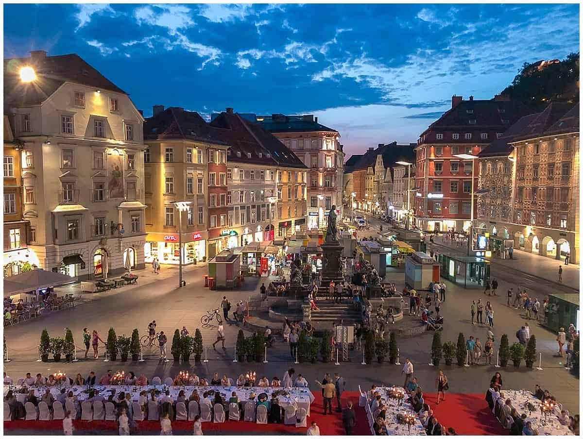 Long Table in Graz