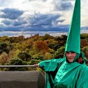 Zauberer auf Turm