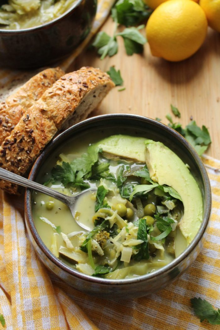 Green Cleansing Vegetable Soup that's vegan and gluten free. Great for detox!