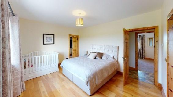 Sherry-Fitzgerald-Ryan-Clonganhue-Cappawhite-Bedroom(2)