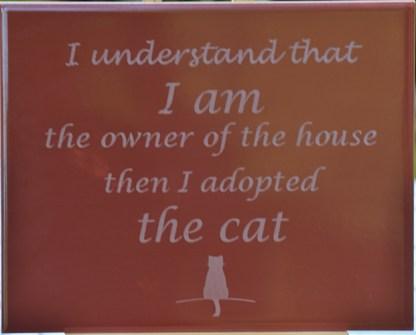 The Cat punainen kaakeli tekstitaulu