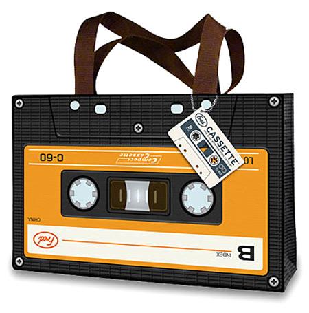 a96743_cassette_tote2