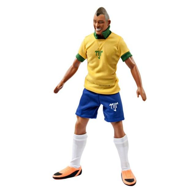 neymar lança seu próprio boneco 03
