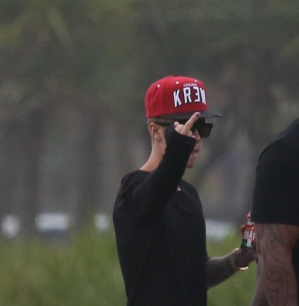 amor de Justin Bieber pelas fãs 09