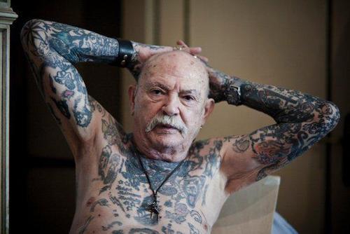 idosos-tatuados-18
