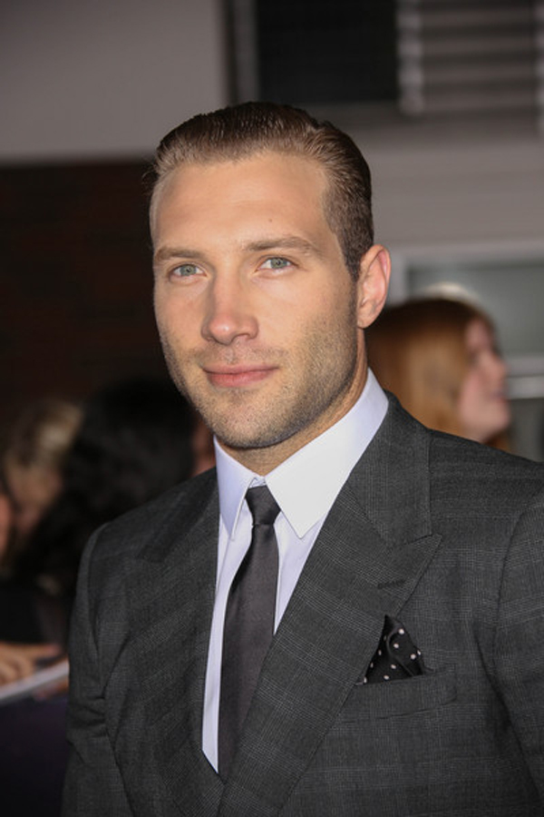 Jai Courtney - 08
